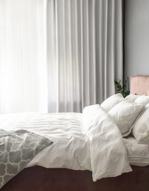 mörkläggande hotellgardin vit, måttillverkad Hasta