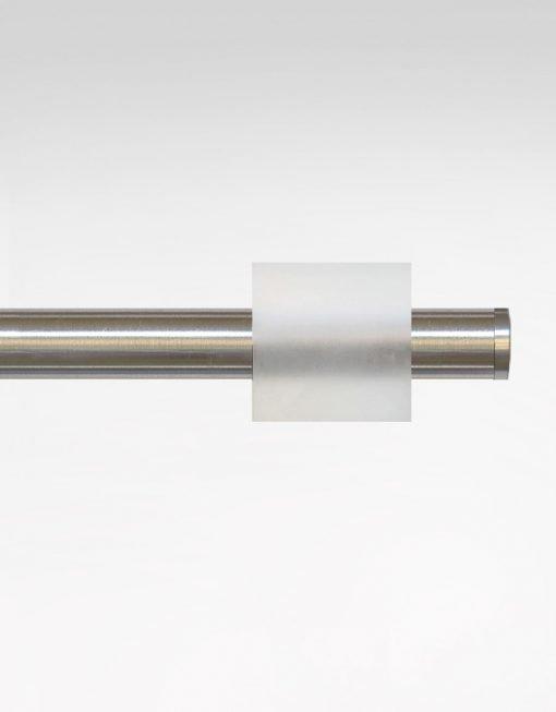 Gardinstång Infront square, rostfritt stål & frostad akryl, 18/20 mm